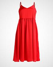 Glamorous Petite Sommerkjole red
