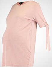 New Look Maternity Tshirts med print mid pink
