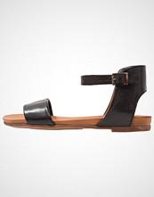 Pier One Sandaler black