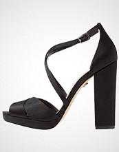 Nina Shoes MARYLIN Platåsandaler black luster