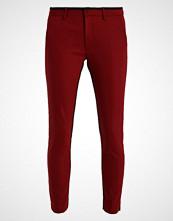 Mos Mosh ABBEY STRIPE Bukser ruby red