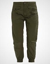 G-Star GStar ARMY RADAR MIX LOOSE CROPPED PANT  Bukser dark bronze green