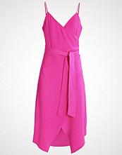 Warehouse Sommerkjole pink