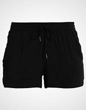 Only ONLNOVA Shorts black