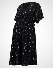 New Look Maternity DITSY WRAP Sommerkjole black
