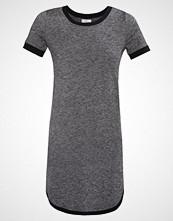 TWINTIP Strikket kjole black/white melange