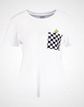 Vans PEANUTS WOODSTOCK Tshirts med print white
