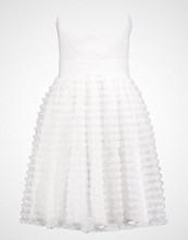 Laona Ballkjole cream white