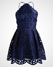 Chi Chi London Petite KAYLEIGH Cocktailkjole navy