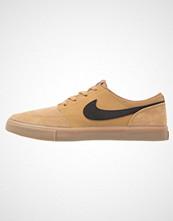 Nike Sb SOLARSOFT PORTMORE II Joggesko golden beige/light brown/white/black