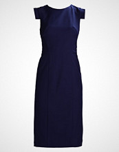Chi Chi London Tall ANTHI Cocktailkjole navy