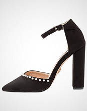 Lost Ink ALICE PEARL VAMP ANKLE STRAP  Høye hæler black