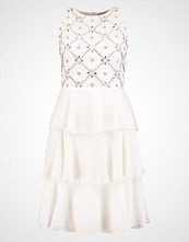Lace & Beads MURRAY RUFFLE Cocktailkjole white