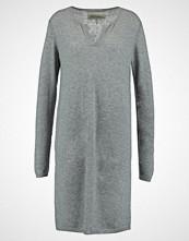And Less PALMAIRE Strikket kjole grey melange