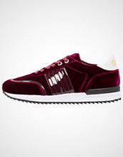 Buffalo Joggesko burgundy