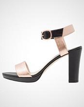 KIOMI Sandaler med høye hæler black