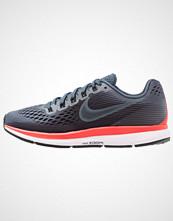 Nike Performance AIR ZOOM PEGASUS 34 Nøytrale løpesko blue fox/black/bright crimson/white