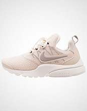 Nike Sportswear PRESTO FLY Joggesko light orewood brown/cobblestone