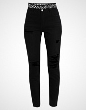 Missguided RIOT Slim fit jeans black