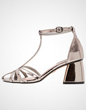Lost Ink ALPHA STRAPPY DANCE HEEL Sandaler silver