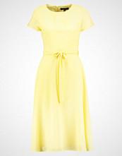 Dorothy Perkins Sommerkjole yellow