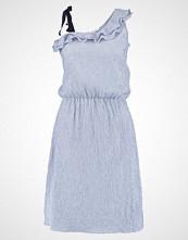 mint&berry STRIPED SUMMER  Sommerkjole light blue/white
