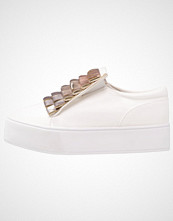 Lost Ink PLEATED SPORTS WEDGE Slippers white