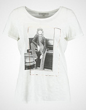 comma casual identity Tshirts med print white