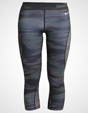 Nike Performance 3/4 sports trousers black/white