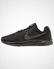 Nike Performance DOWNSHIFTER 7 Nøytrale løpesko black/metallic hematite/anthracite