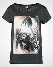 Catwalk Junkie MORE SUMMER Tshirts med print darkgrey