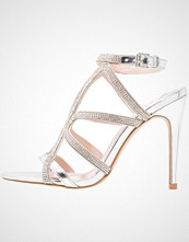 Faith LOHAN Sandaler med høye hæler silver