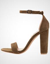 Steve Madden CARRSON Sandaler med høye hæler olive