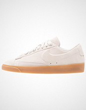 Nike Sportswear BLAZER LOW SD Joggesko light bone