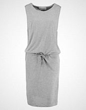And Less SEFFNER Jerseykjole grey melange