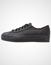 Keds TRIPLE KICK CORE LEATHER Joggesko black