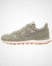 Nike Sportswear INTERNATIONALIST Joggesko dark stucco/sail/medium brown