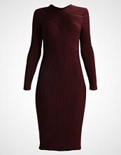 IVY & OAK WRAP Strikket kjole merlot