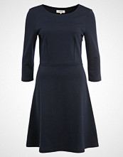 Zalando Essentials Jerseykjole dark blue