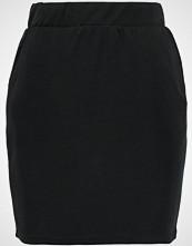 Selected Femme SFTHILDA  Miniskjørt black
