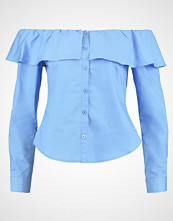 Fashion Union GASTON RUFFLE BARDOT Bluser cornflower blue