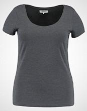 Zalando Essentials Curvy Tshirts mottled dark grey