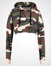 Missguided BARBIE CAMO CROPPED Hoodie khaki