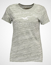 Hollister Co. Tshirts med print olive space dye
