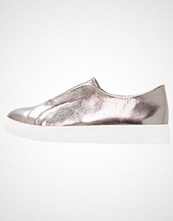 Lost Ink NATALIA OPEN FACING SLIP ON Slippers pewter