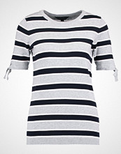Dorothy Perkins STRIPE Tshirts med print light grey