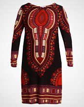 Anna Field Curvy Strikket kjole black/red