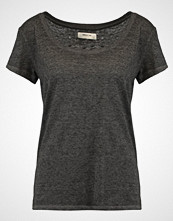 Moss Copenhagen Tshirts black melange