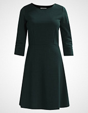 Zalando Essentials Jerseykjole dark green