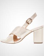 Wallis SIESTA Sandaler med høye hæler champagne